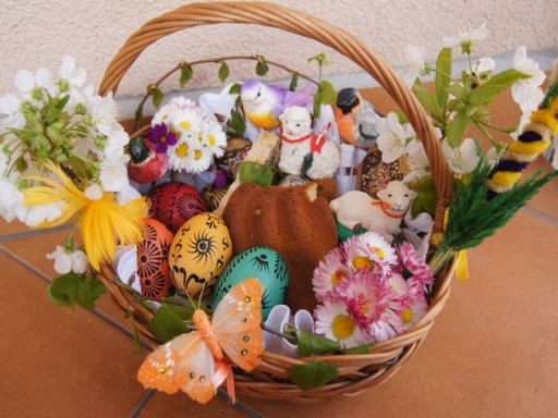 Wiconka the blessing of easter baskets saint boniface wiconka the blessing of easter baskets is on saturday 31st march at 10am negle Image collections